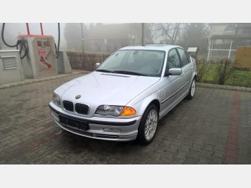 BMW 330xi KÉZI VÁLTÓS 175e. km.!!!!!