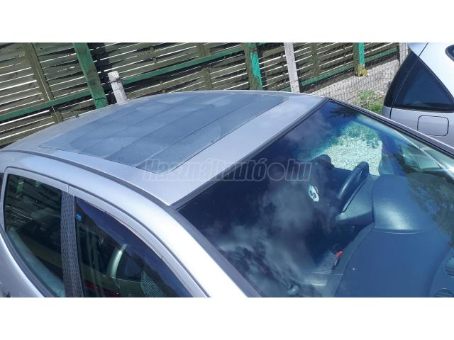 MERCEDES-BENZ A-OSZTÁLY A 160 Avantgarde Lamella tető