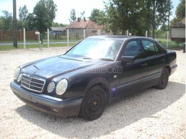 MERCEDES-BENZ E 220 D Classic