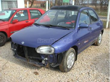MAZDA 121 1.3 16V Canvas Top